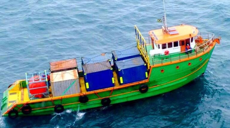 Sem Limites 2013 - Locação de Embarcação